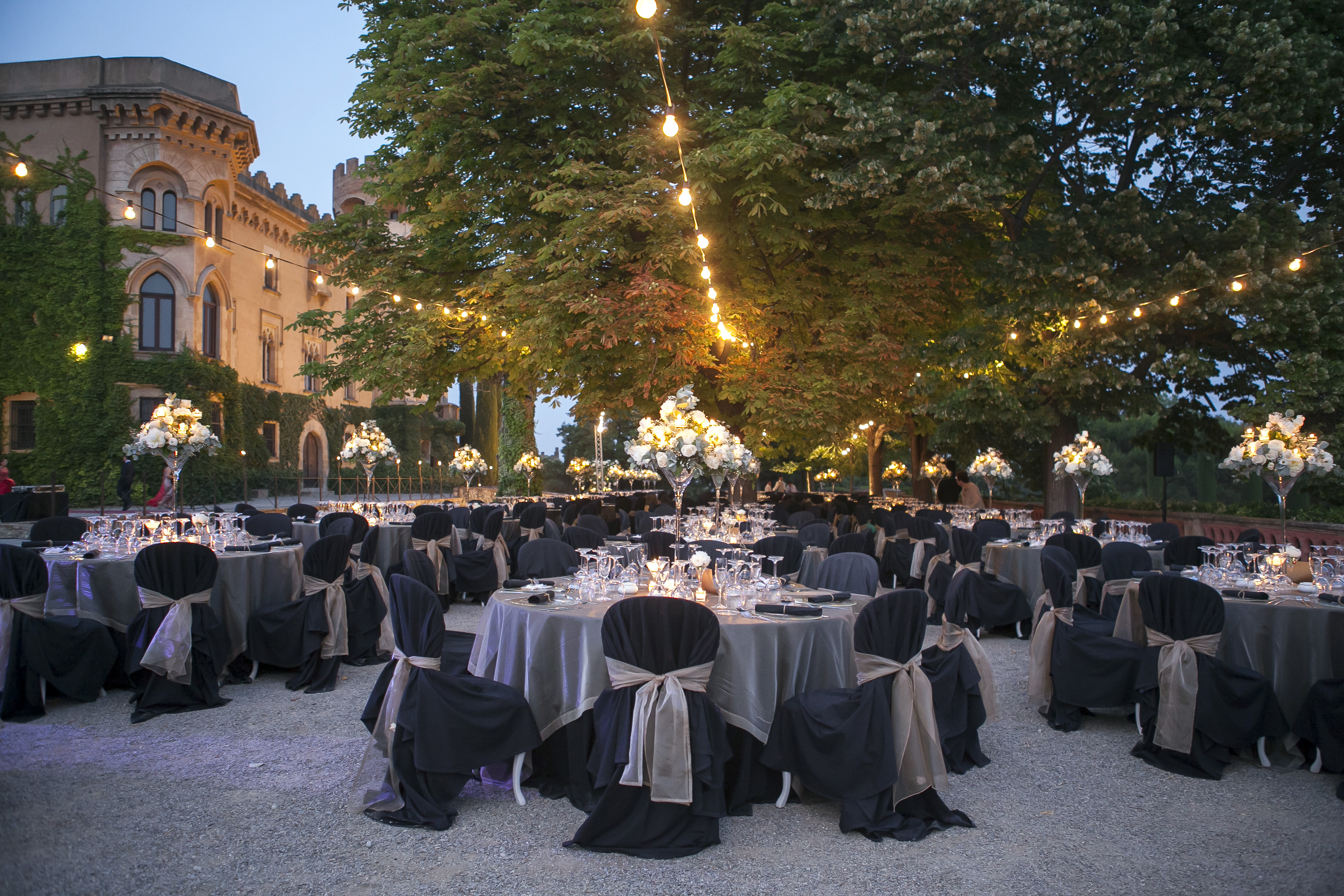 Dream Wedding In The Castle Of St Martial Phlox